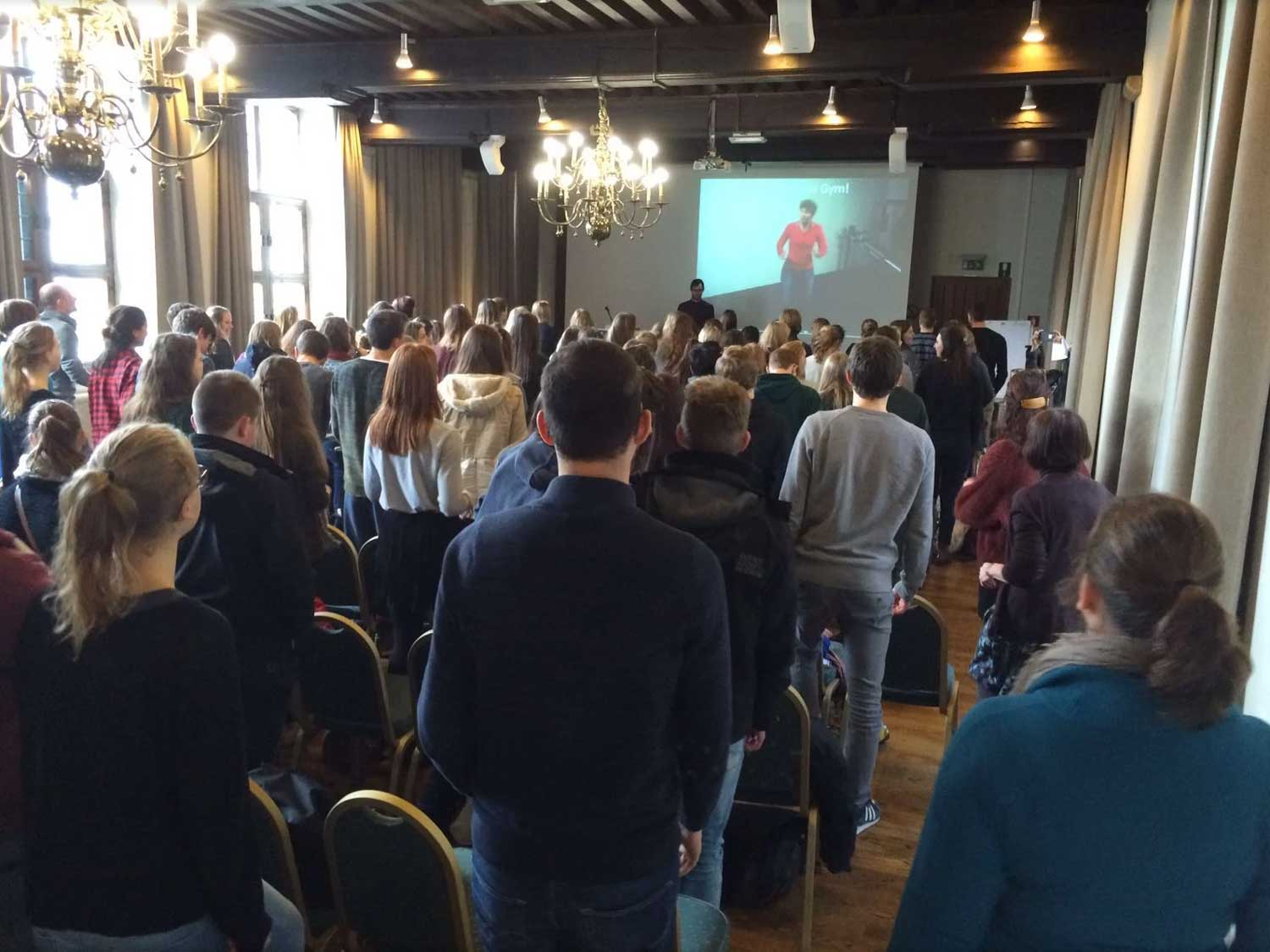 Meeting of Minds for Youth festival over hersenen